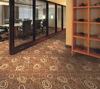 Stop by Giese Carpet today to learn more about our expert commercial flooring installers